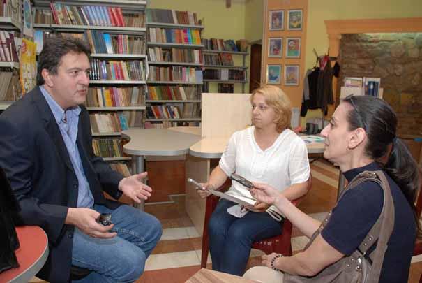 Miloš Janković u razgovoru sa novinarkama Novog puta