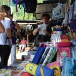 Nize cene presudjuju: Kupovina skolskog pribora na pijaci