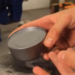 Umesto recepta: Otvorite konzervu bez ikakvog alata (VIDEO)