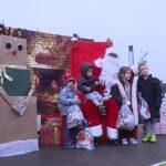 Podeljeni novogodišnji paketići deci socijalno ugroženih porodica u Jagodini