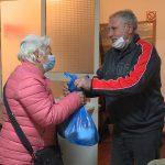 Jagodinsko Udruženje penzionera uručilo 155 prehrambenih paketa pomoći